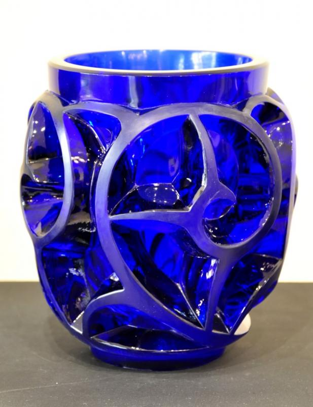 Lalique France Vase TOURBILLON BLUE CAP FERRAT limited edition , More Informations...