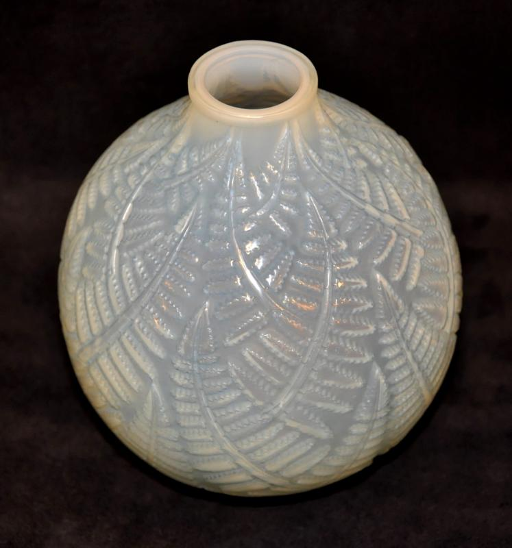 Ren Lalique Opalescent Glass Vase Espalion Art Deco 1927
