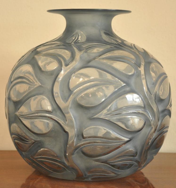 Ren Lalique Vase Sophora Blue Patina Art Deco 1926