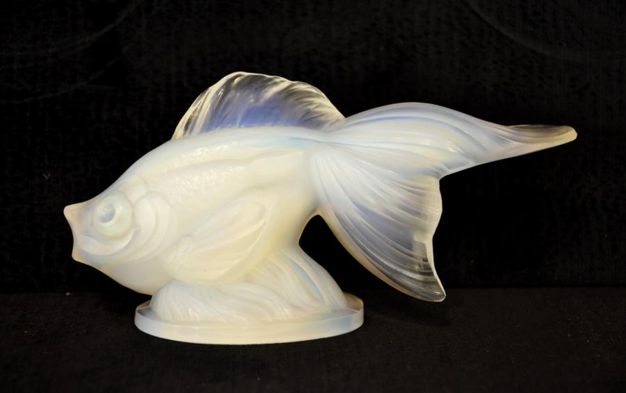 Sabino Fish Model Sail Tail Opalescent Glass Art Deco 1931 , More Informations...