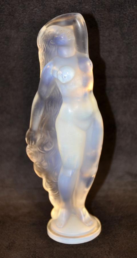 SABINO PARIS STATUETTE REVEIL OPALESCENT GLASS  Art Déco 1930, More Informations...