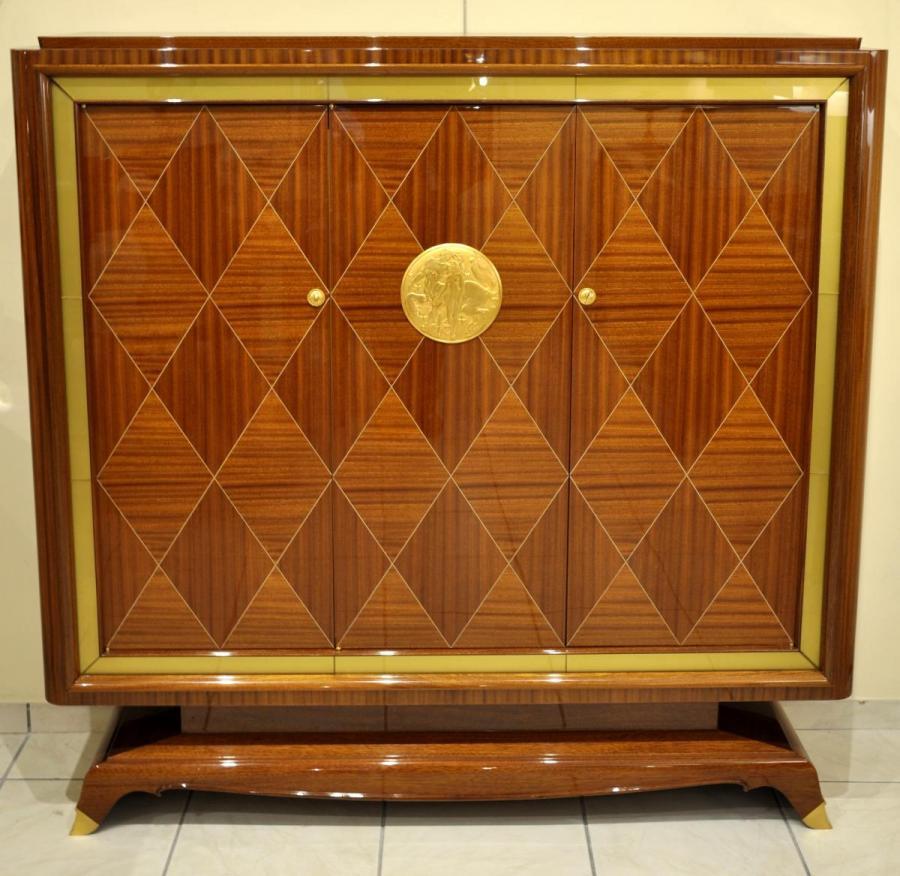 Jean Desnos Mahogany Marquetry Cabinet Circa 1940, More Informations...