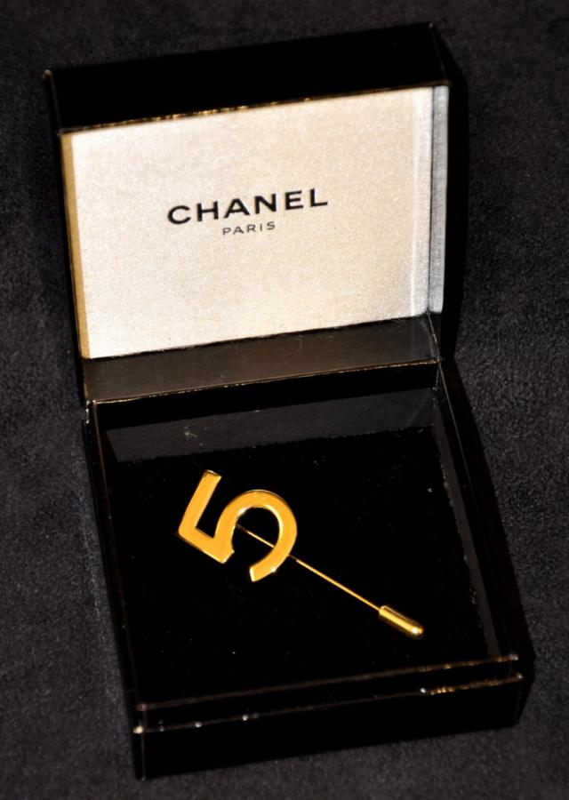 CHANEL Brooch  N°5 , More Informations...