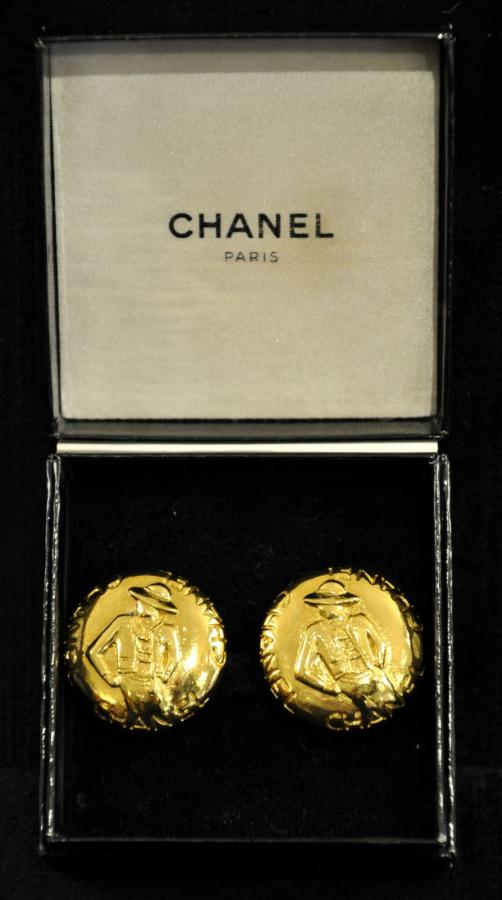 CHANEL PAIR OF EARRINGS GABRIELLE CHANEL, More Informations...