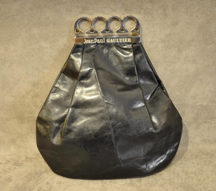 Jean-paul Gaultier VINTAGE Black Leather Bag brass knuckles, More Informations...