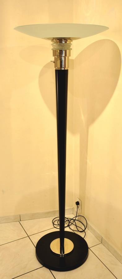 Floor Lamp Black Lacquer, Chrome & Glass Design 1970 , More Informations...