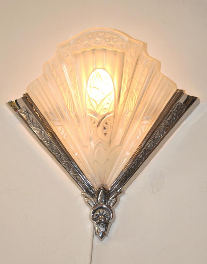 Frontisi Pair of Sconces Art Deco 1930, More Informations...