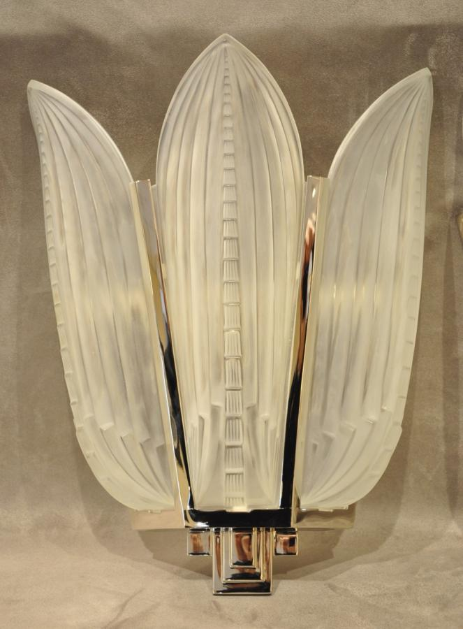 Genet & Michon Pair Of Sconces 3 Palms Art Deco 1930, More Informations...