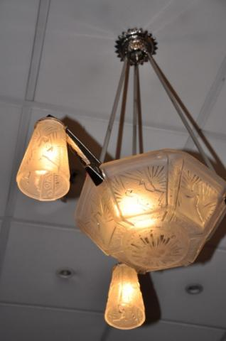 MULLER FRERES CHANDELIER ART DECO 1930, More Informations...
