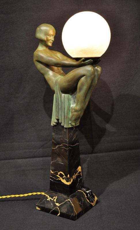 MAX LE VERRIER ENIGME SCULPTURE LAMPE ART DECO, Plus d'infos...
