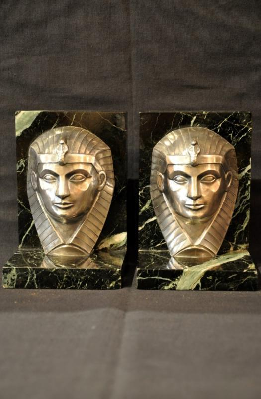 C . CHARLES PAIR OF BOOKENDS BRONZE ART DECO 1930, More Informations...