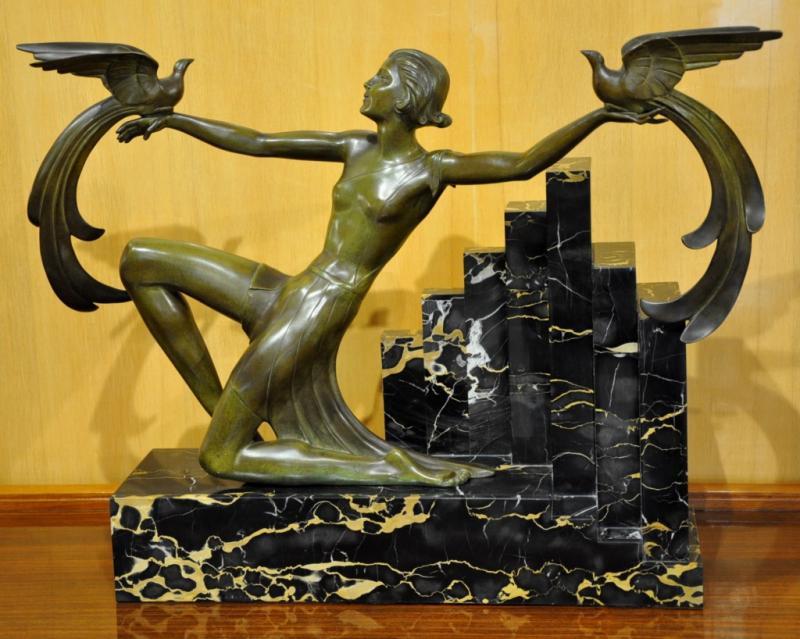 G. DAVERNY SCULPTURE BRONZE  WOMAN BIRDS OF PARADISE ART DECO 1930, More Informations...