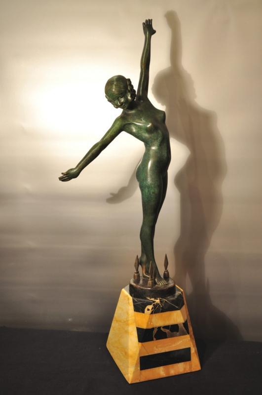 OUILLON-CARRERE SCULPTURE BRONZE LA DANSE DES LANCES ART DECO 1919 , Plus d'infos...