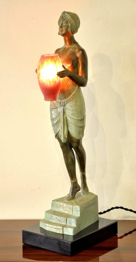 Pierre Le Faguays & Max Le Verrier Sculpture Lampe Esclave � l'Urne Art D�co 1930, Plus d'infos...