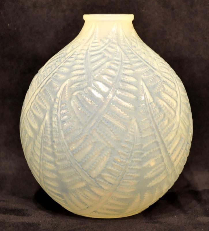 René Lalique Vase Espalion Opalescent Patiné Art Déco 1927 , Plus d'infos...